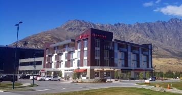 Ramada Queenstown Front cropped