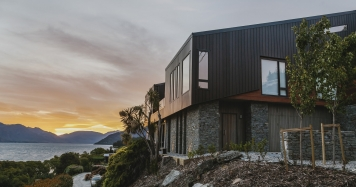 ultimate luxury holiday home Queenstown Lakehouse Joela